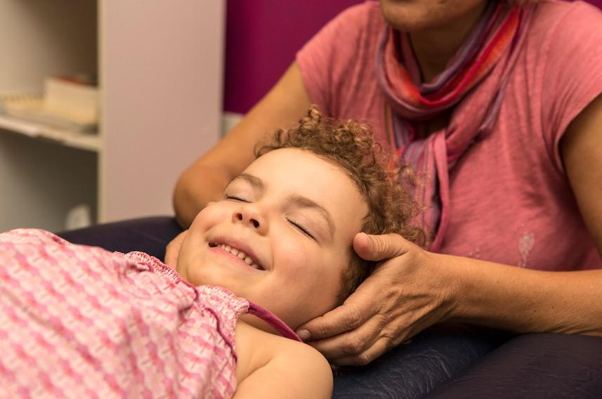 La kinésiologie, un formidable atout pour le bien-être de nos enfants !