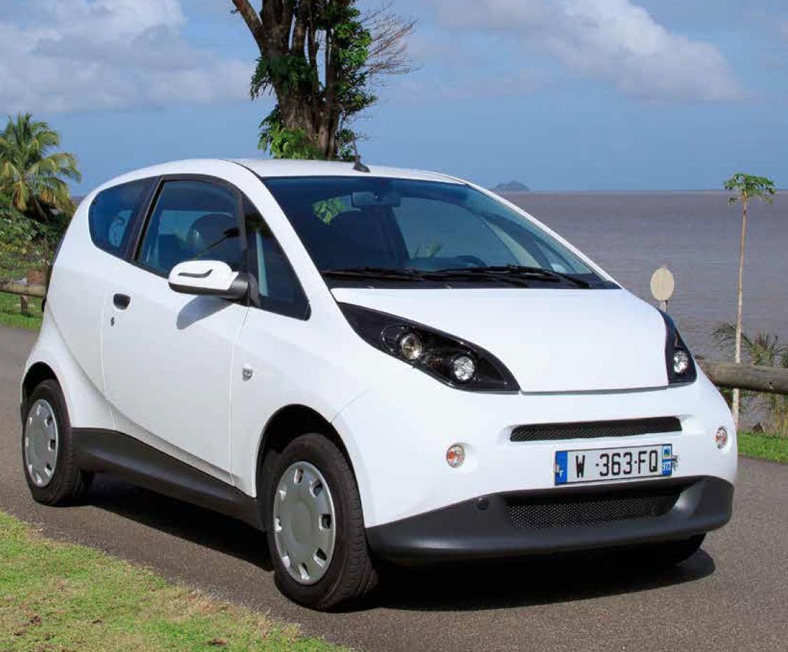 Dossier environnement : la Bluecar, la citadine 100% électrique 250 km d'autonomie