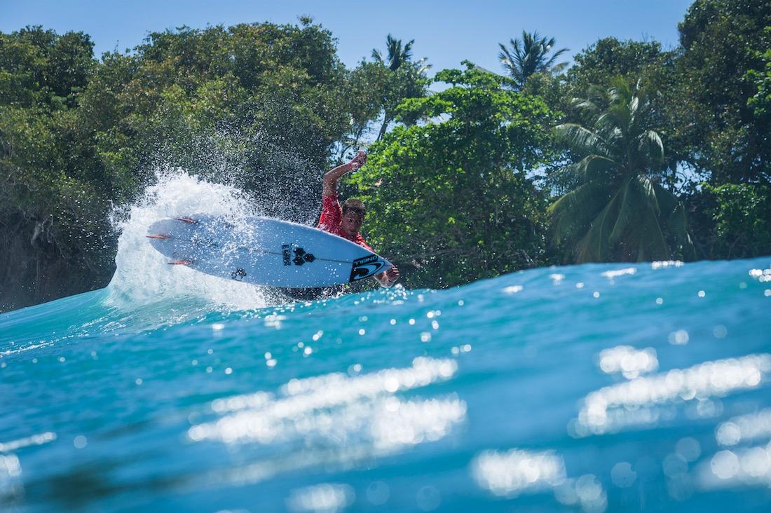 Martinique Surf Pro 2018 : La Martinique prend la vague !