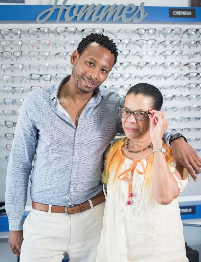 Azur Optique  mère et fils au service de la santé de vos yeux