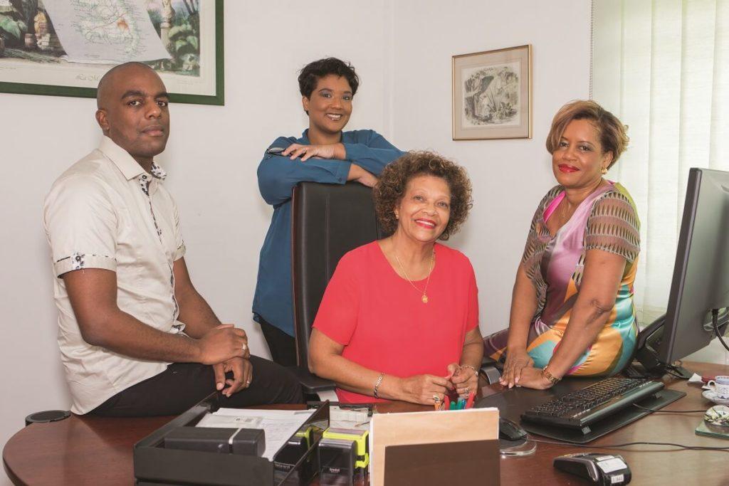 Equipe du cabinet de recouvrement BGR CARAIBES