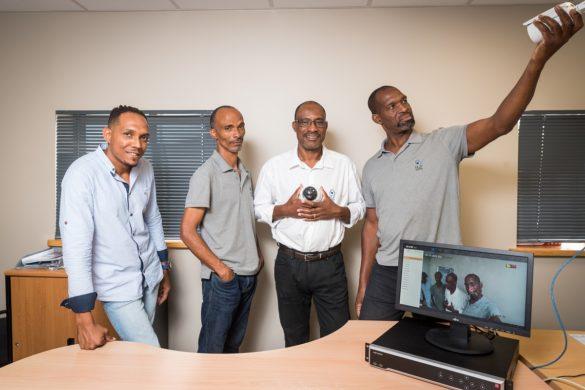 Equipe de l'entreprise de vidéosurveillance H2P System