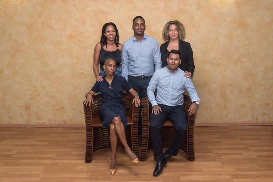 Collaborateurs BNP Paribas Guyane, responsables de la satisfaction client dans le cadre du programme client & employee advocacy