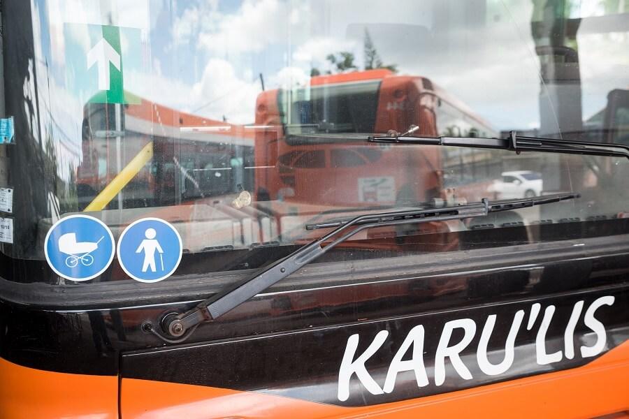 Bus Karu'lis, dont le réseau est en partie géré par la STAC