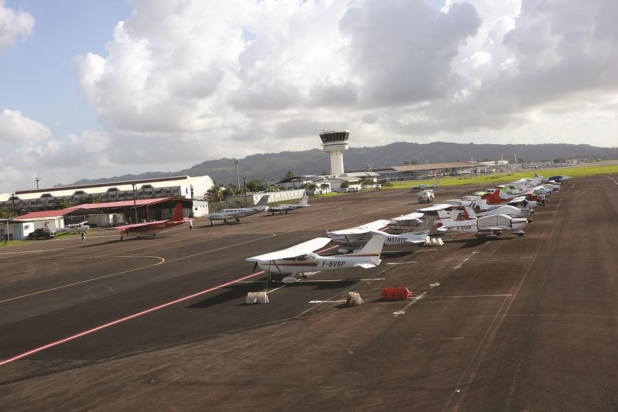 Tarmac aéroport Guadeloupe Pôle Caraïbes