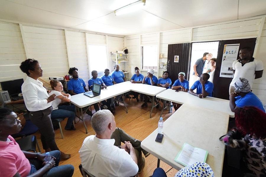 Séance de formation d'agriculteurs par la CTG