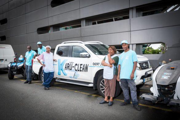 Equipe de Karu-Clean, société de nettoyage industriel