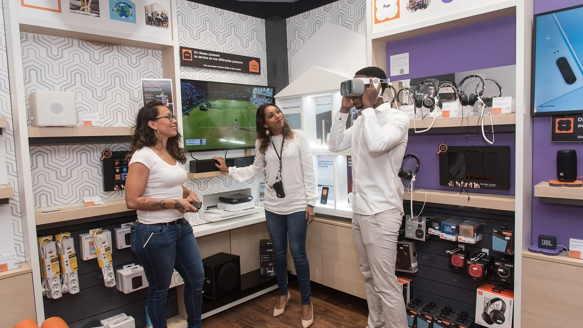 Smart Store Touch, nouvelles boutiques expérientielles d'Orange