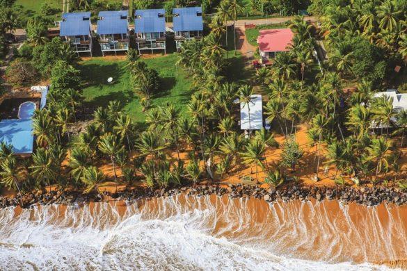 Route des plages vue en ULM en Guyane