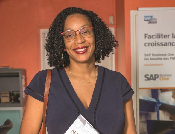 collaboratrice de l'entreprise Altodom, éditeur de logiciels de gestion