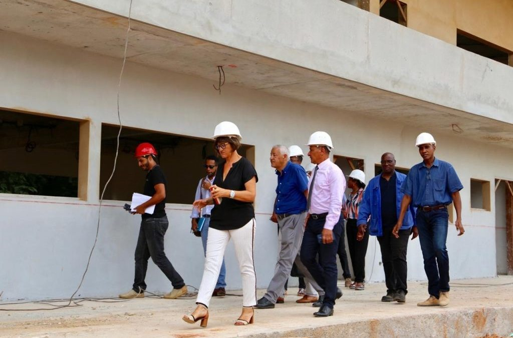 Les chantiers de rénovation des établissements scolaire de la CTG