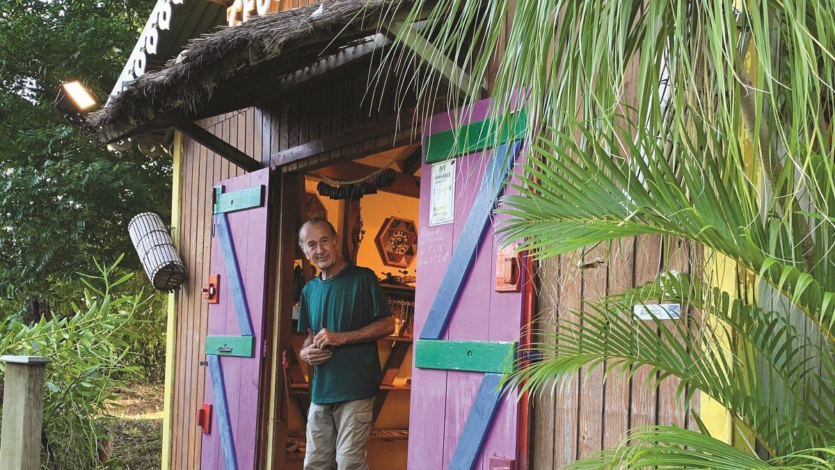 Géograines : raconter les graines et bois de Guadeloupe