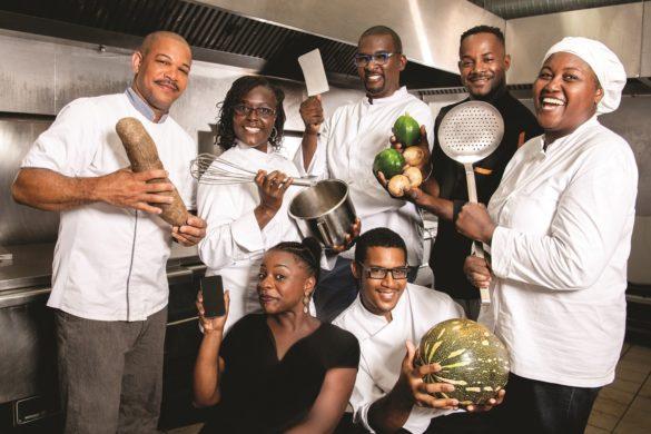 L'équipe de Traiteurs Péyi, marque du groupe Cochon Plus en Guadeloupe