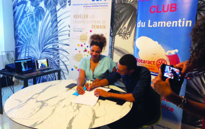 Signature de la convention pour la création du Réseau Jeunesse des JCE et des clubs Rotaract