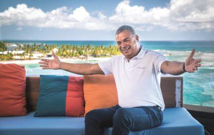 M. Vial Collet, de l'hôtel La Toubana