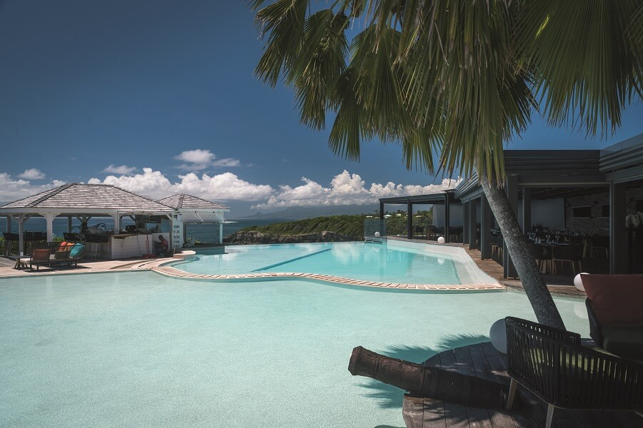 Piscine de l'hôtel La Toubana en Guadeloupe