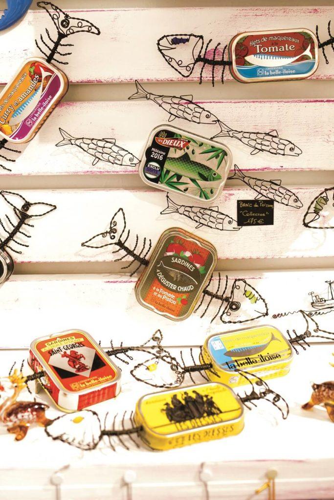 Oeuvre de créateur à base de boîtes de sardine - boutique Flamengo