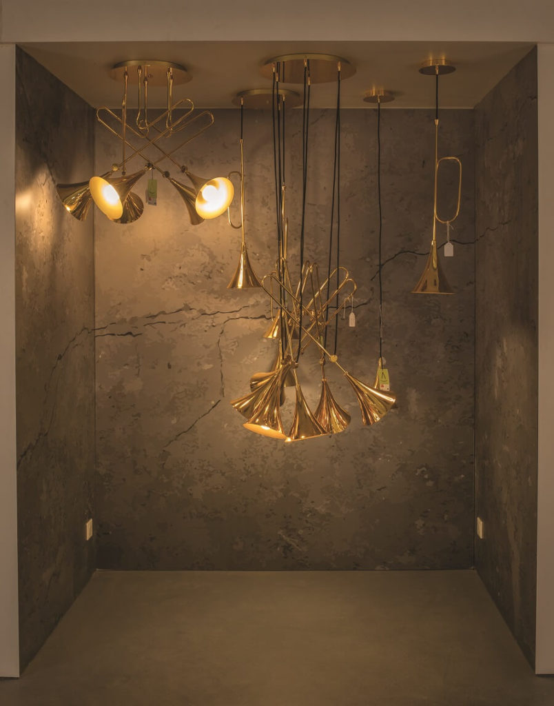 Suspensions au showroom Mille Eclats de Blandin