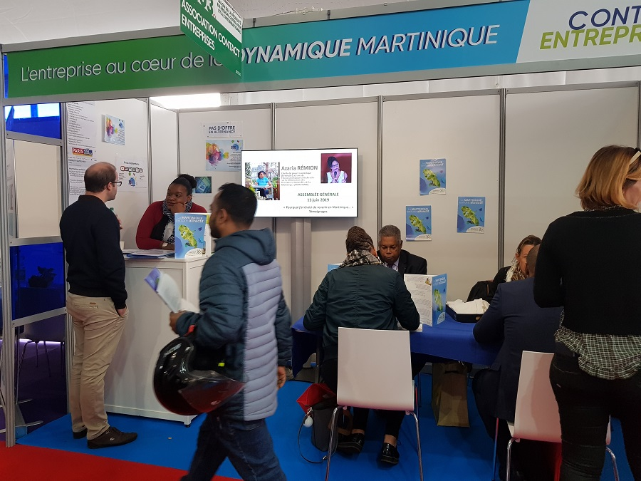 Stand de Contact-Entreprises au salon Paris pour l'emploi
