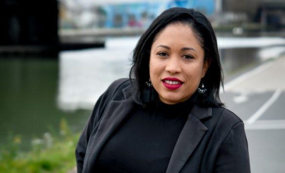 Carole-Anne Domi - femme cadre ingénieure d'affaire
