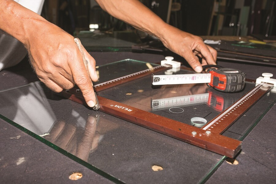 Découpe de verre - Samir Industrie - Martinique