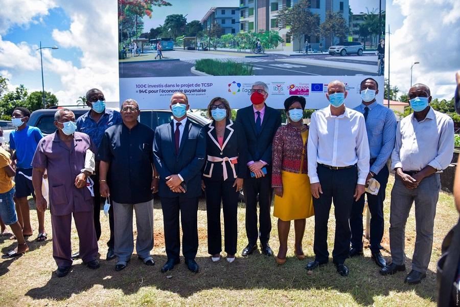 Elus guyanais au démarrage des travaux du TCSP de la CACL