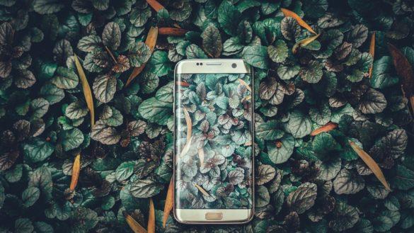 """Recyclage des téléphones mobiles - programme """"re"""" Orange"""