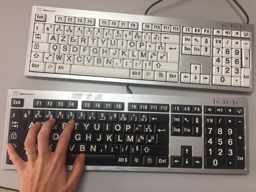 claviers pour personnes malvoyantes