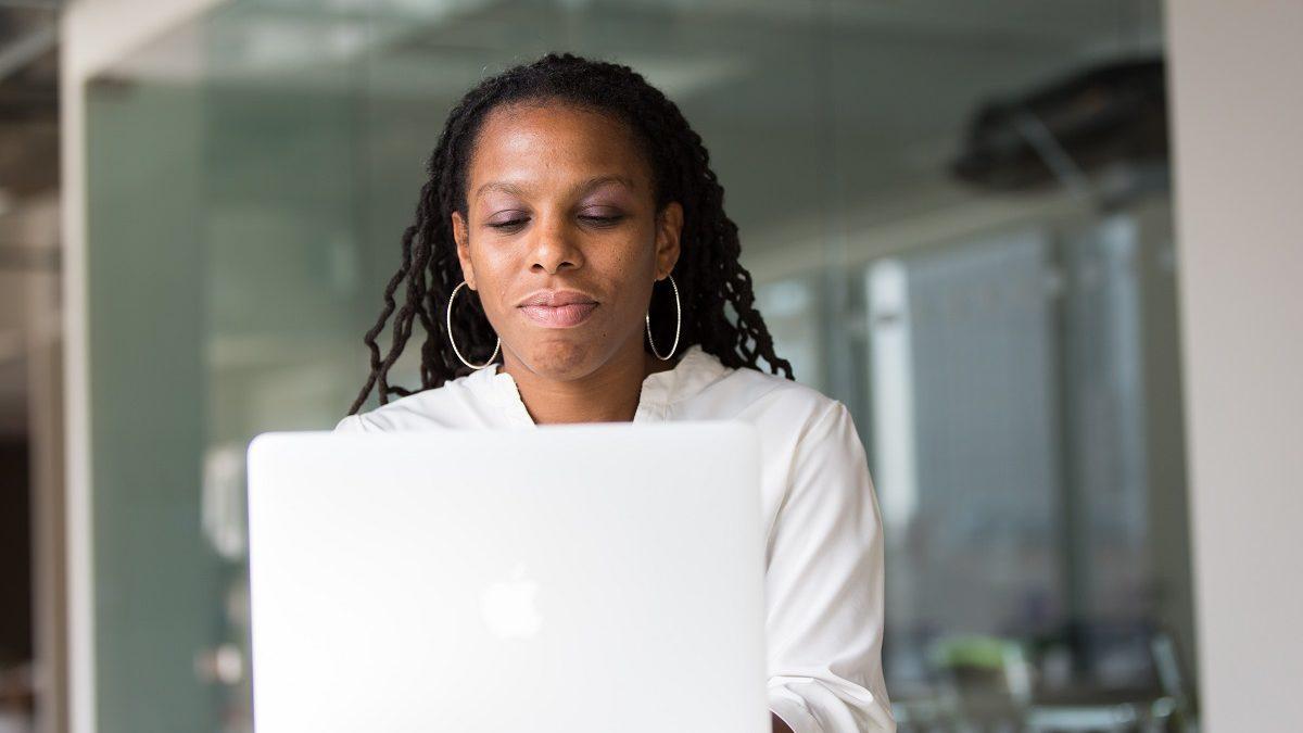 Emploi : les entreprises ultramarines ont-elles compris l'enjeu du digital ?
