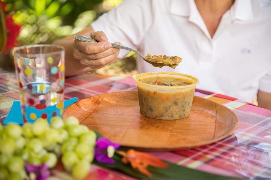 Soupe traditionnelle - service de traiteur et livraison Sucré Salé - Martinique