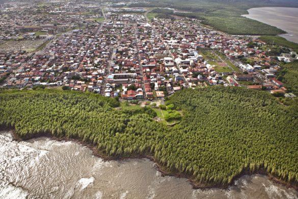 Vue aérienne littoral guyanais