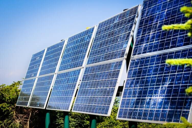 Comment recycler piles et panneaux photovoltaïques en Martinique ?