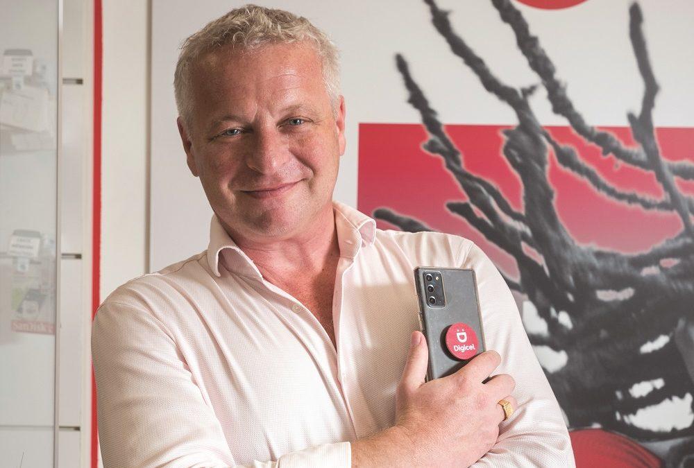 Digicel se développe et s'engage pour le retour au pays