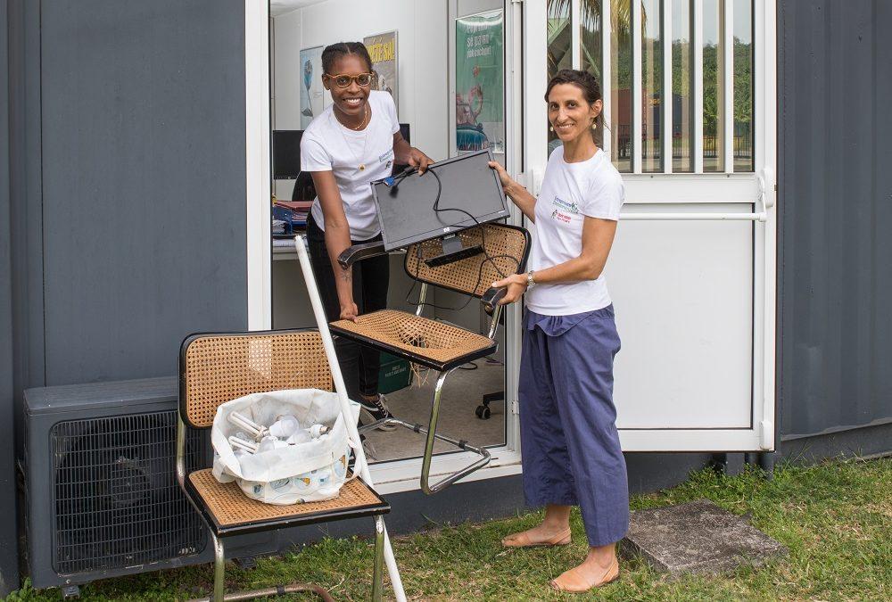 Comment recycler les équipements et le mobilier de son entreprise ?