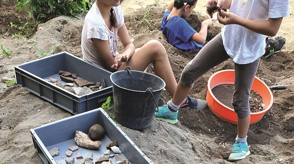 Comment initier les jeunes martiniquais à l'archéologie ?